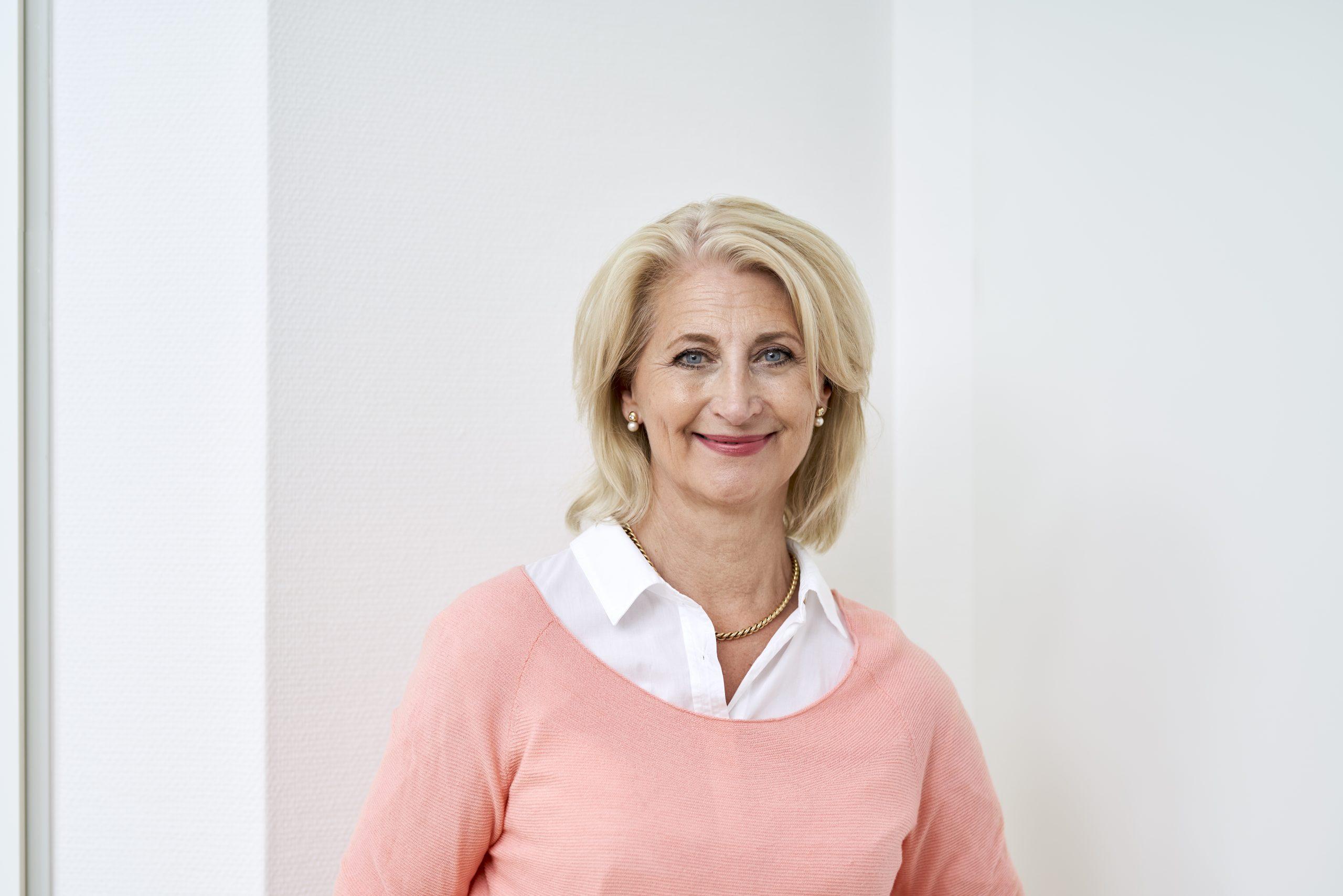 Annette Hach